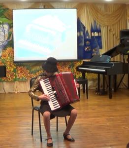 gusejnova-sevda-akkordeon